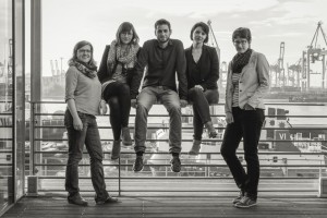 Das edel & electric Team: Nadja Mortensen, Laura Sonnefeld, Christian gogic, Karla Paul und Mara Gies