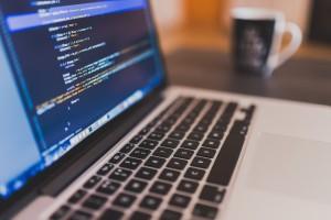 Programmieren ist in der heutigen digitalen Zeit kein Fremdwort mehr.