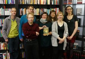 """Lesung von """"Struktur, Tapete"""" am 21.11.2015 v.l. HerrTapete, Nicholas Wieling, Lars Hannig, Jennifer Günther, Caroline Königs, Stephanie Keunecke, Natascha Herkt"""
