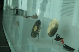 Die Scheiben aus Nebra und von der Voyager. CC0 Vanessa Hellwig