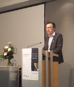 Der Schweizer Autor Lukas Bärfuss ist diese Woche als Poet in Residence an der Universität Duisburg-Essen zu Gast, Bild: CC BY-SA 4.0 Carolin Terhorst