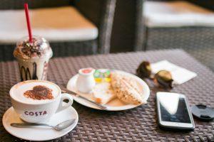 Kostenlos lesen im Café